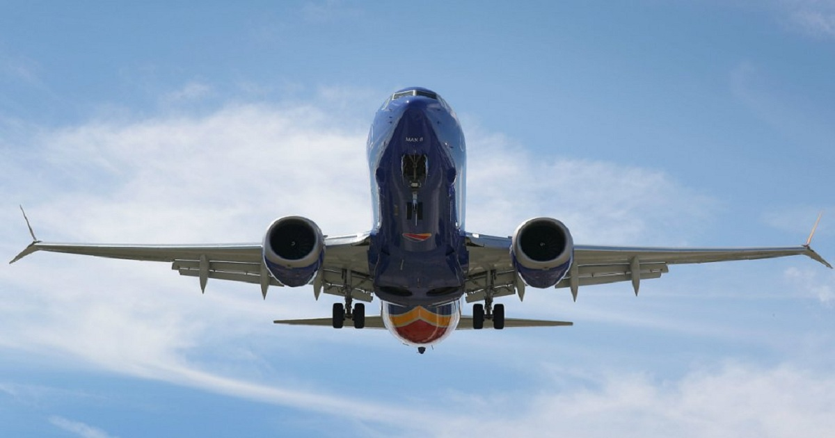 Pilots warn on technology risk while chiding speculators
