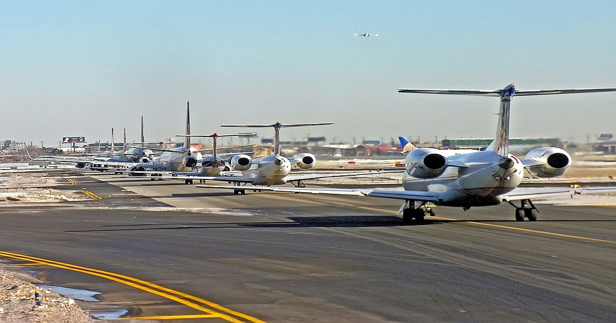 WHICH NEW YORK AIRPORT IS BEST TO FLY INTO?