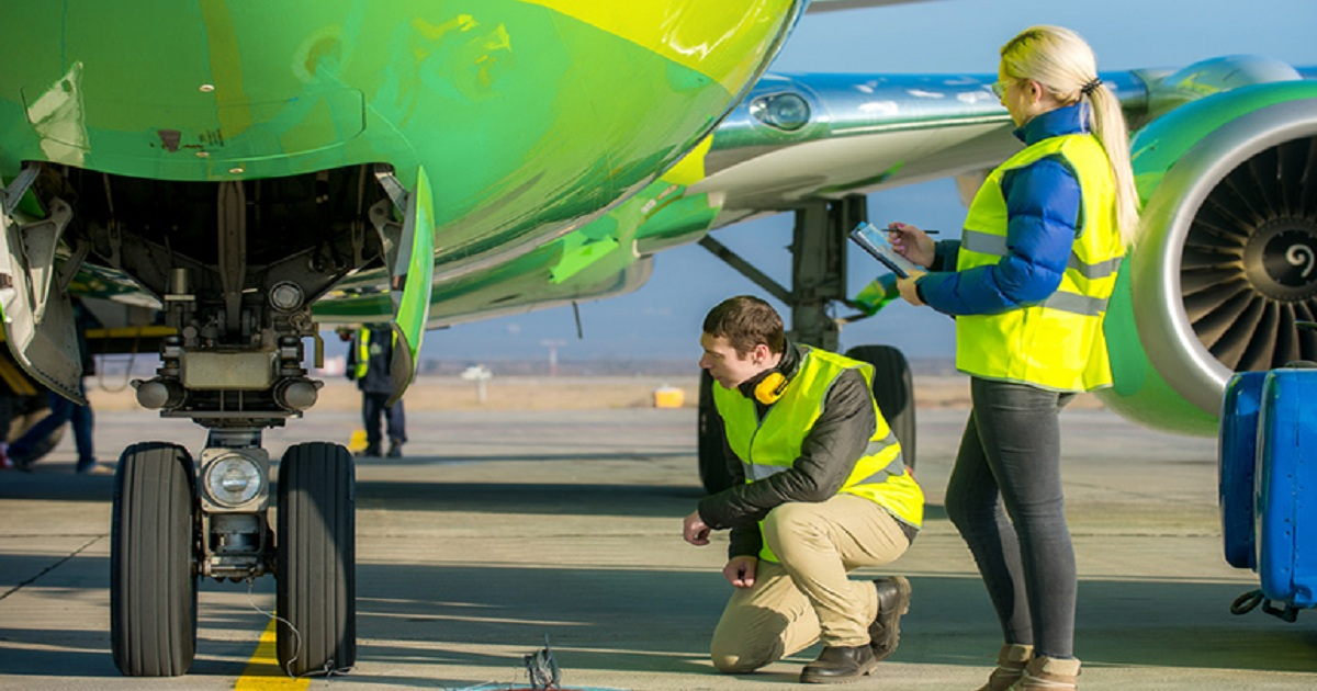 AIRCRAFT HANGAR SAFETY CHECKLIST – PROTECT YOUR STAFF
