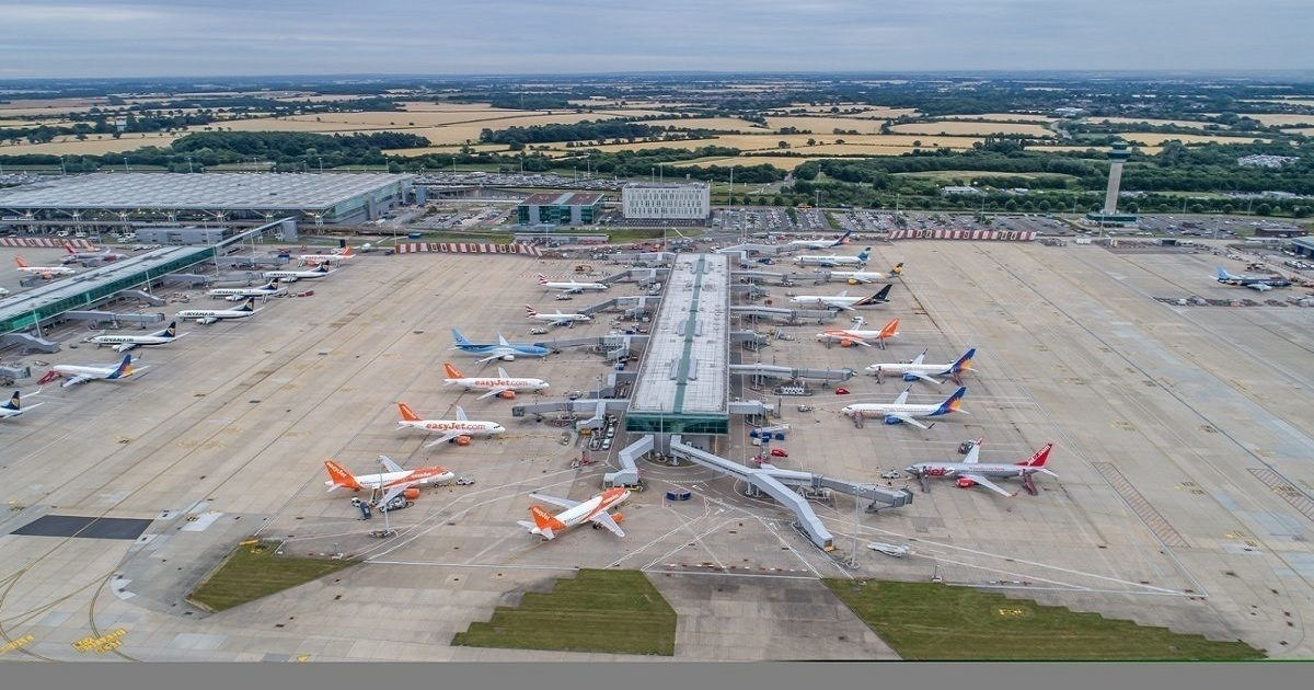 LONDON STANSTED VS LONDON LUTON – WHICH LOW COST AIRPORT IS BEST?