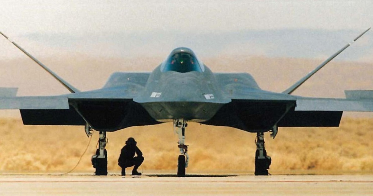 TAKE A LOOK AT THE TWO PLANES THAT ALMOST REPLACED THE F-22 AND F-35 STEALTH FIGHTERS