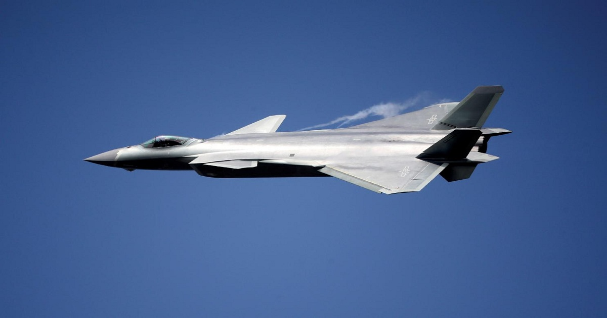 THE REAL TOP GUN: COULD CHINA'S J-20 FIGHTER BEAT AN F-35 OR F-22 IN A DOGFIGHT?